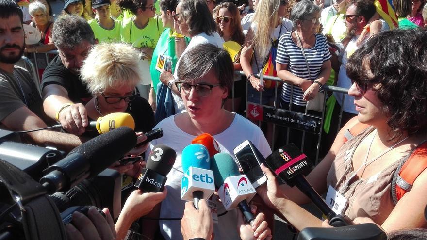 La CUP pide a alcaldes que dudan, que estén con los ciudadanos y no con el Gobierno y el TC