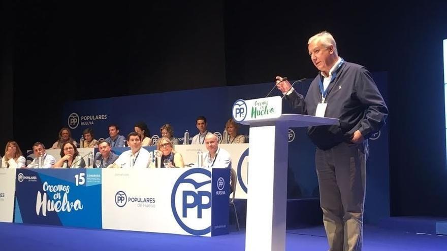 """Arenas (PP) pide a Pedro Sánchez que """"no Podemice"""" al PSOE y que """"no juegue con la unidad de España"""""""