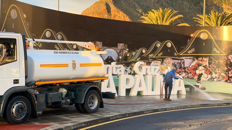 Labores de limpieza y desinfección en Santa Cruz de La Palma.
