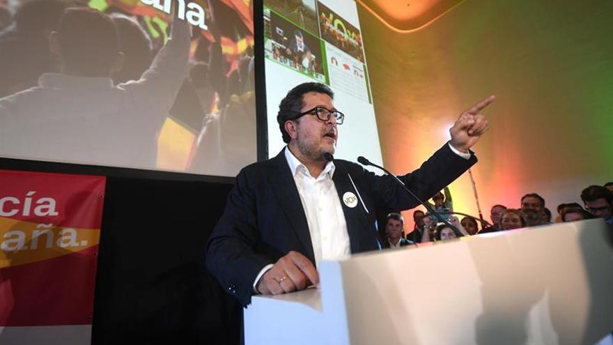"""Vox recuerda a PP y Cs que es """"imprescindible"""" para un pacto de investidura"""