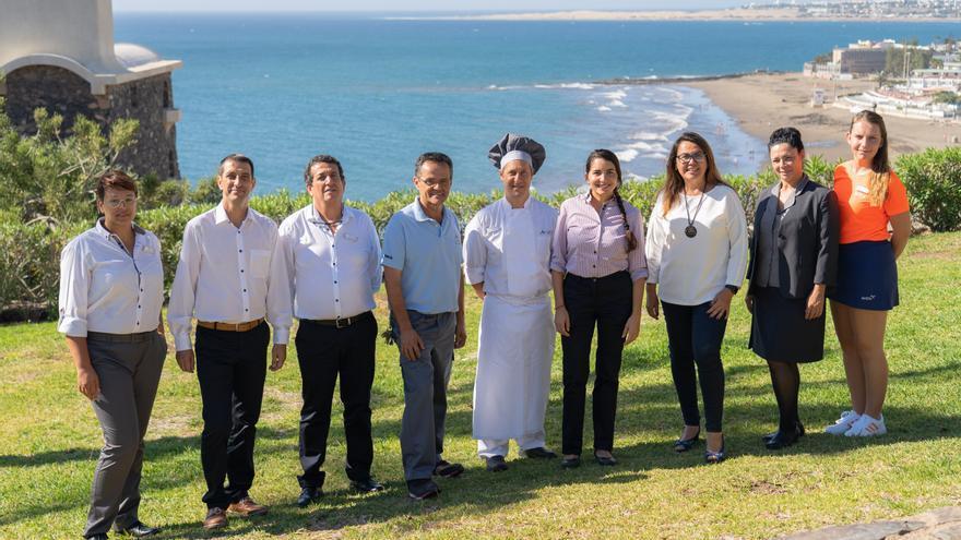 Trabajadores del hotel Abora Interclub Atlantic de Lopesan