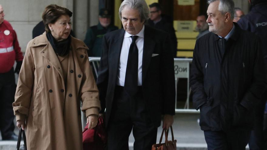 Se reanuda el juicio contra Chaves y Griñán por los ERE con las cuestiones previas
