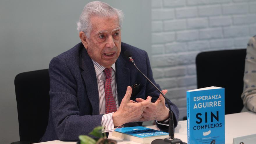 Vargas Llosa pide esperar decisión de jurado electoral en comicios peruanos