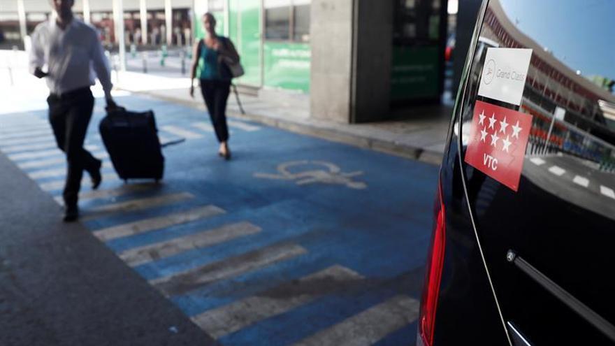 El Ayuntamiento de Madrid denuncia ante la CNMV los viajes gratis de Uber y Cabify
