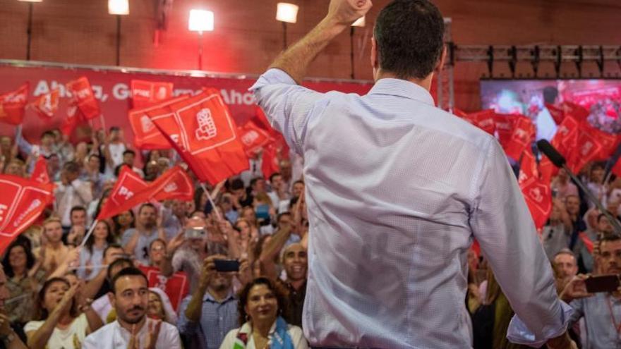 Pedro Sánchez en el acto de inicio de campaña.