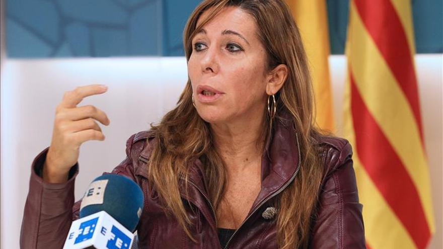 """S.Camacho exige a Mas que abandone el """"pulso"""" y suspenda inmediatamente el 9N"""