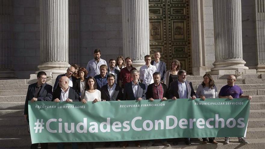 Iniciativa de Unidos Podemos para derogar la ley sobre la reforma local
