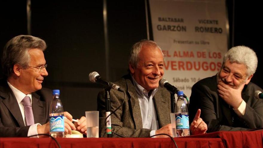 Escritor argentino Verbitsky rebate críticas a la Ley de Medios en su país