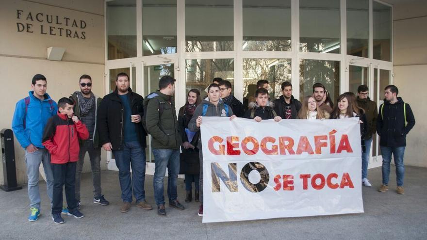 Concentración de estudiantes del Grado de Geografía en Ciudad Real