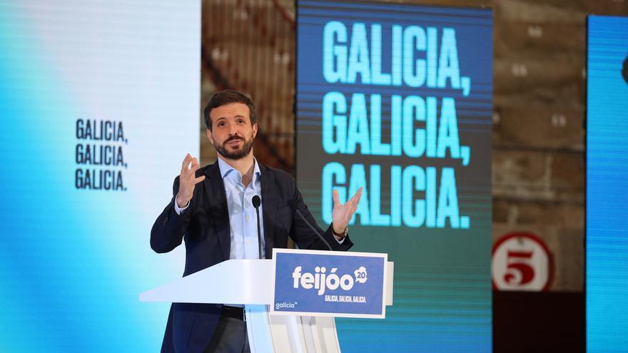 """Casado recrimina a Sánchez que vaya a Galicia a """"insultar"""" a Feijóo y a él: """"Está crispado, viene enfadado"""""""
