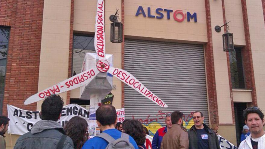 La plantilla de Alstom Wind se moviliza contra la reestructuración de la empresa.