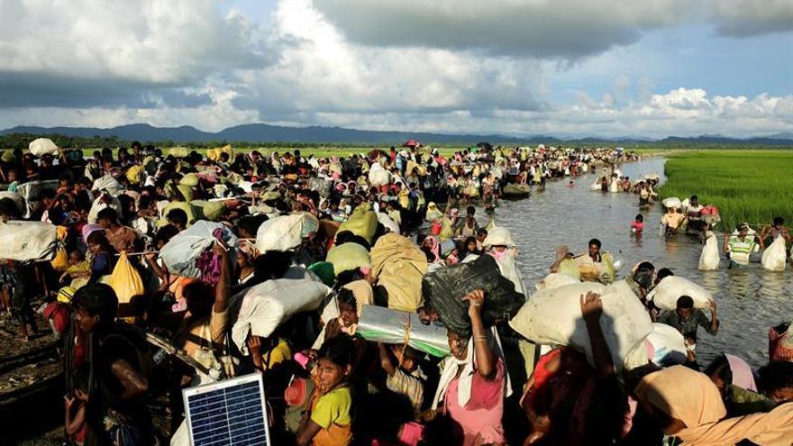 Cien mil refugiados rohinyá, en peligro por los monzones en Bangladesh