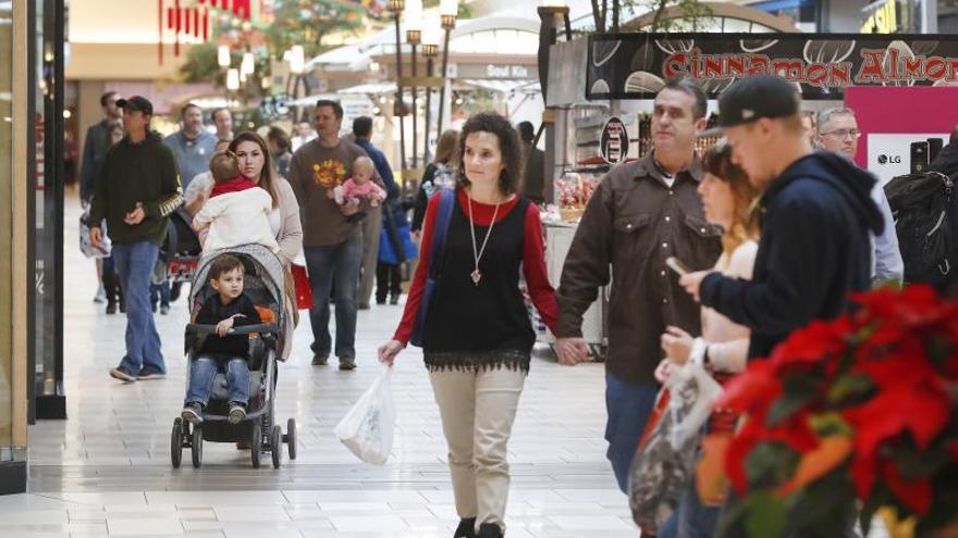 La población de EE.UU. aumentó un 6,9 % esta década hasta los 330 millones