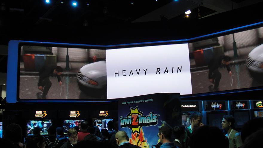 Imágenes en el E3 de 2010 del videojuego 'Heavy Rain', que bebe de películas como 'El silencio de los corderos' y 'Seven'.