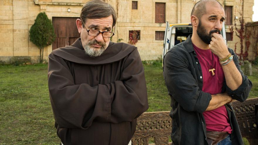 Fotograma de la película 'Que baje Dios y lo vea', de Curro Velázquez