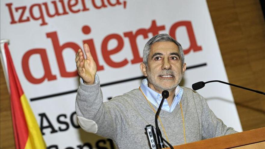 Llamazares ve el federalismo como la solución a las demandas independentistas