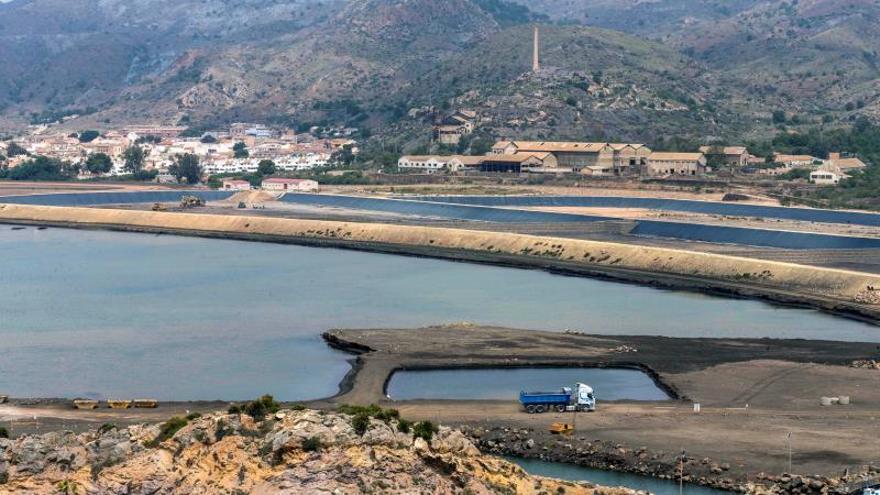 Hallan arsénico en los residuos mineros vertidos en bahía de Portmán (febrero de 2019)
