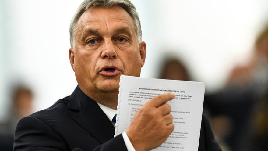 La Eurocámara pide pasar a la acción frente al autoritarismo en Hungría