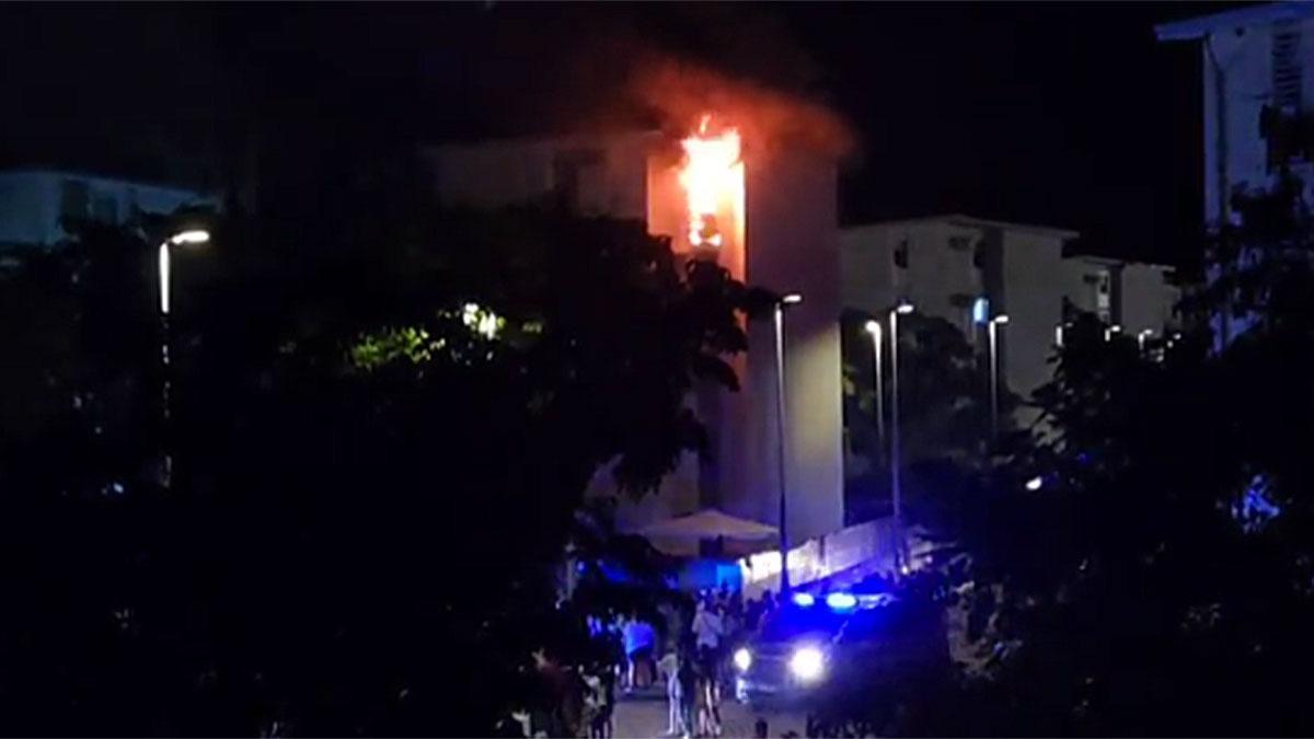 Incendio en un bloque del Sector Sur