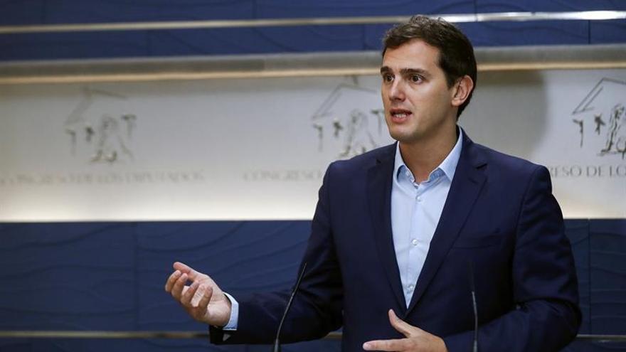 Rivera ve sensato que el Gobierno promueva en septiembre un pleno sobre Cataluña