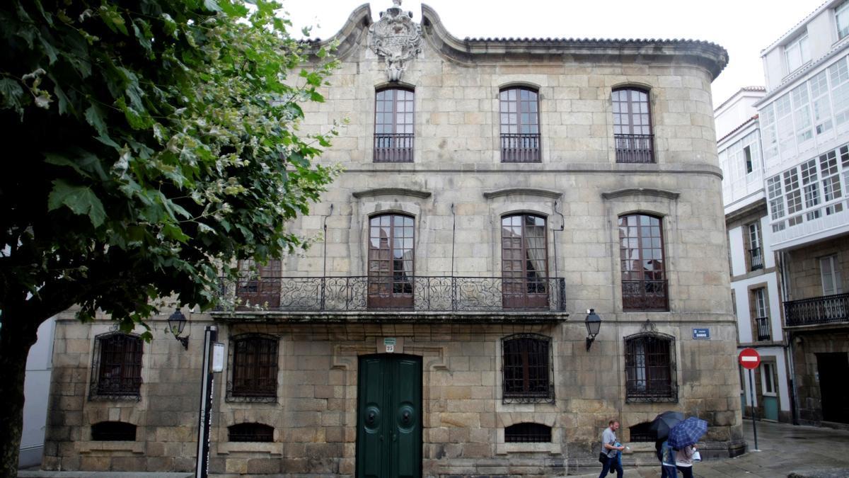 Fachada de la Casa Cornide, situada en la Ciudad Vieja de A Coruña. EFE/Cabalar/Archivo