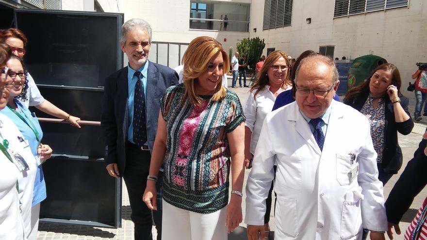 "Susana Díaz exige a Rajoy cesar ""de manera fulminante"" a Fernández Díaz si no tiene ""valor"" de dimitir en próximas horas"