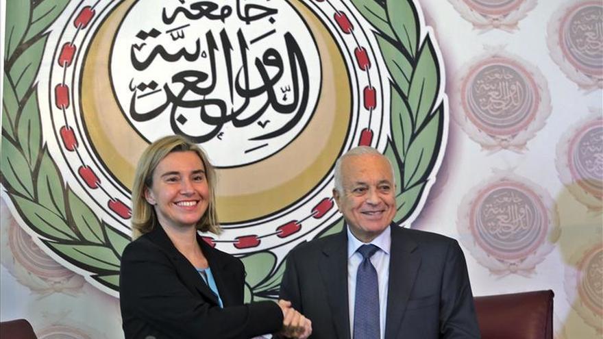 Mogherini promete más cooperación con la Liga Árabe ante la crisis en la región
