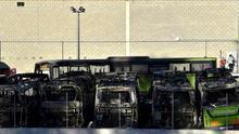 Autobuses quemados en un sabotaje de apoyo a presos de ETA.