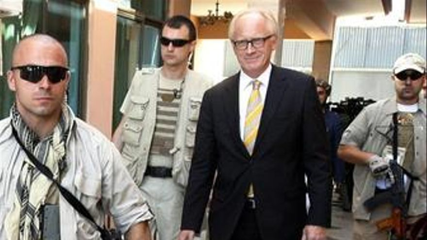 """El jefe de la misión de la ONU en Afganistán reconoce """"amplio fraude"""""""