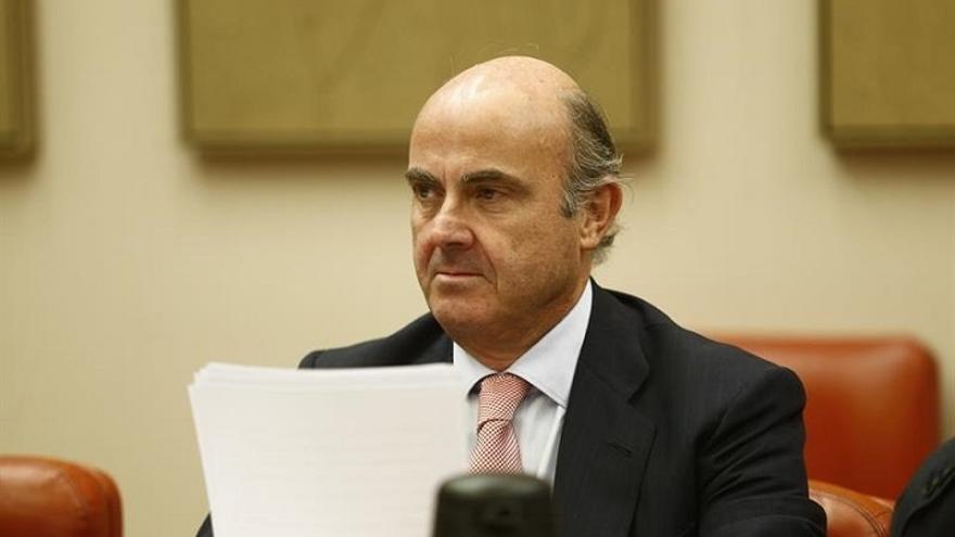 """Guindos pide a Barberá que deje el escaño: """"Cuando estás investigado entras en un nuevo territorio"""""""