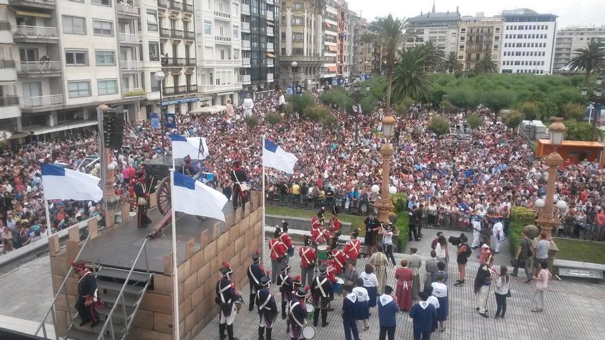 El tradicional 'cañonazo' da inicio a la Semana Grande de San Sebastián