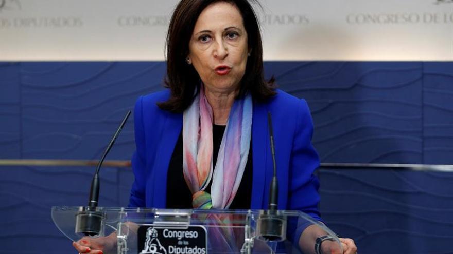 PSOE pide que se obligue a empresas a ofrecer un número de atención gratuito