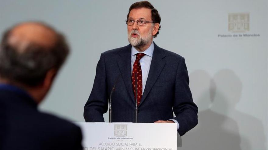 Rajoy anima a seguir trabajando para nadie se quede atrás en la recuperación