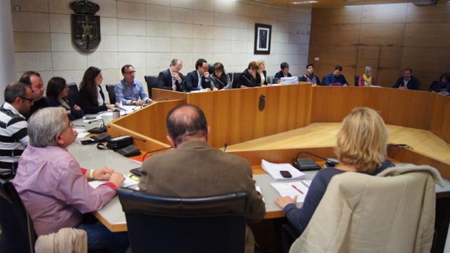 El Pleno del ayuntamiento de Totana votó la modificación de 12 convenios urbanísticos / Totana.es
