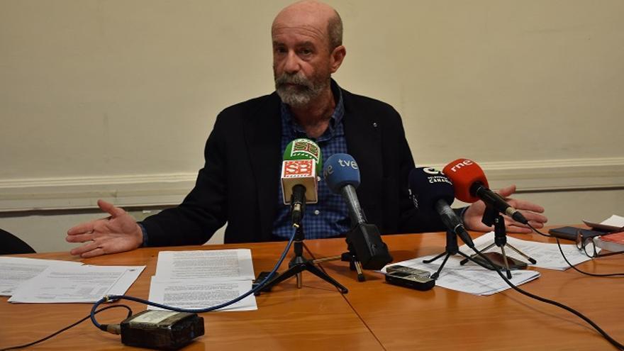 Santiago Pérez, en la rueda de prensa ofrecida este miércoles para hablar del caso Grúas