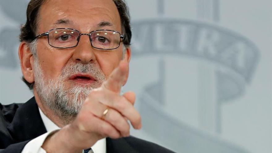 """Rajoy: La moción de censura de Pedro Sánchez se basa en una """"falsedad"""""""