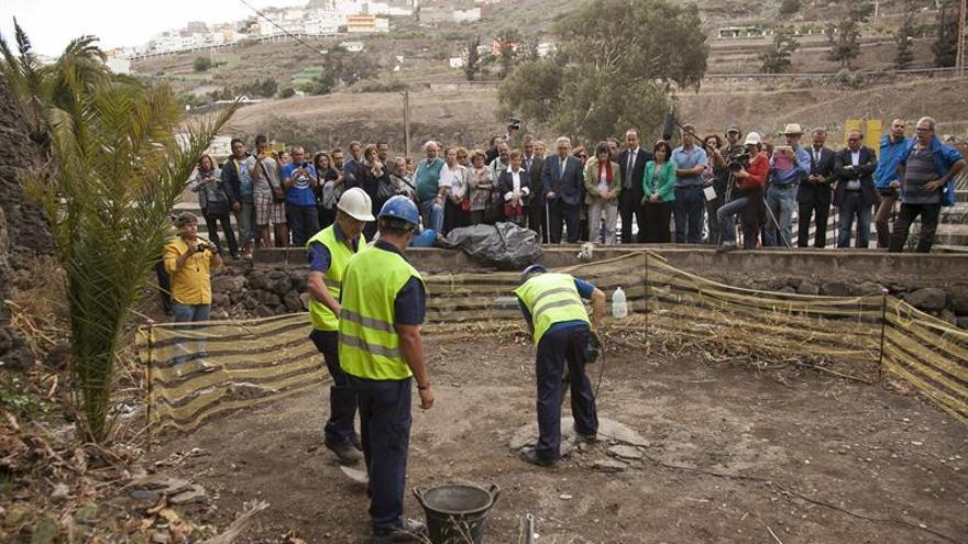 Hallan huesos humanos en Tenoya, uno de los pozos de la represión en Canarias