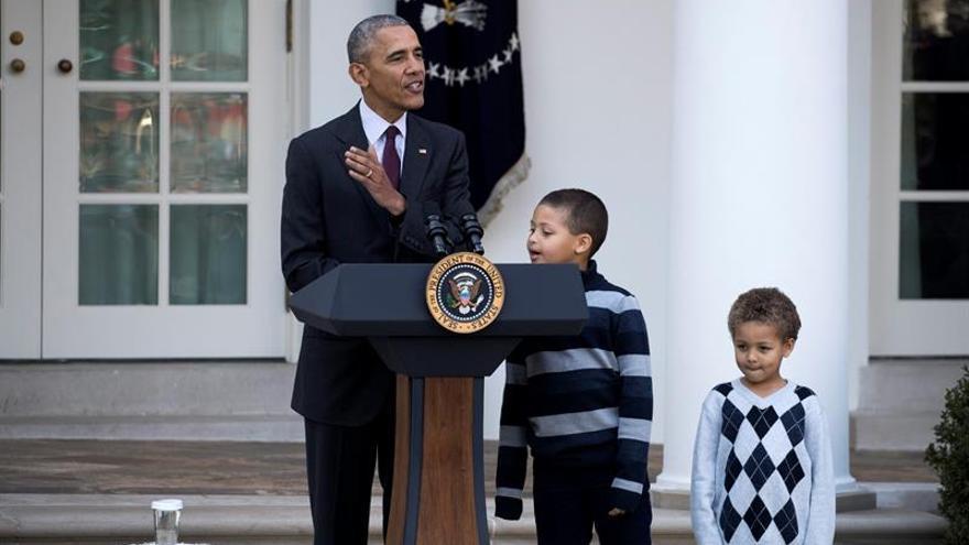 Obama celebra su último indulto del pavo por Acción de Gracias
