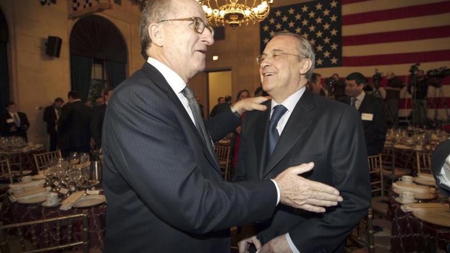 """Florentino Pérez destaca en EE.UU. la """"clara mejoría"""" de España para 2014"""
