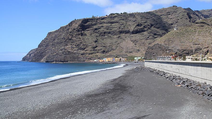 Extremo sur de la Playa de los Tarajales, en Tazacorte.