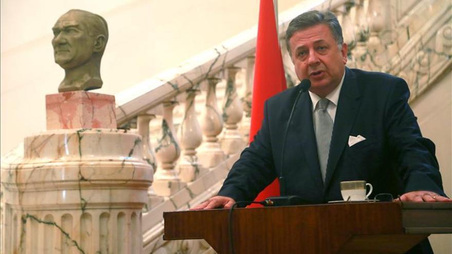 Turquía promete responder a la decisión de Egipto de expulsar a su embajador