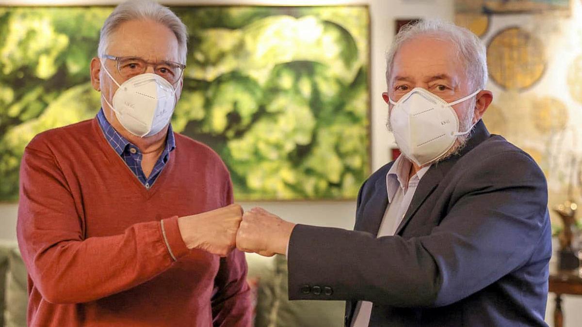 Los expresidentes brasileños Fernando Henrique Cardoso y Luiz Inácio Lula da Silva