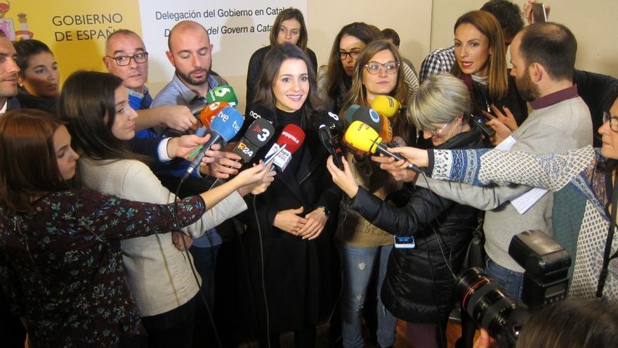 """Arrimadas ve voluntad de diálogo del Gobierno con Cataluña y pide """"medidas concretas"""""""