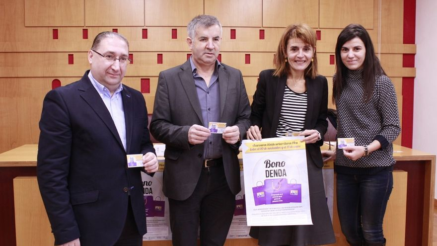 Más de 100 establecimientos de Vitoria y Álava participan en la segunda campaña Bono Denda con descuentos del 25%