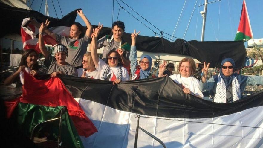 Parte de Italia a Gaza el primero de los dos veleros con mujeres activistas contra el bloqueo israelí
