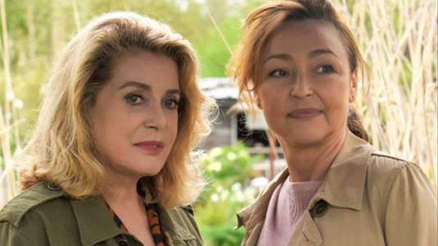 Cathèrine Deneuve y Cathèrine Fost en 'Dos mujeres'
