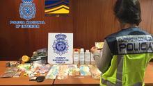 Desmantelada una organización internacional dedicada a la venta de billetes falsificados a través de Internet