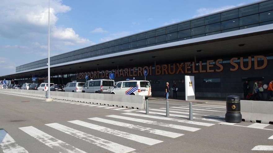 Exterior del aeropuerto de Bruselas Sur Charleroi