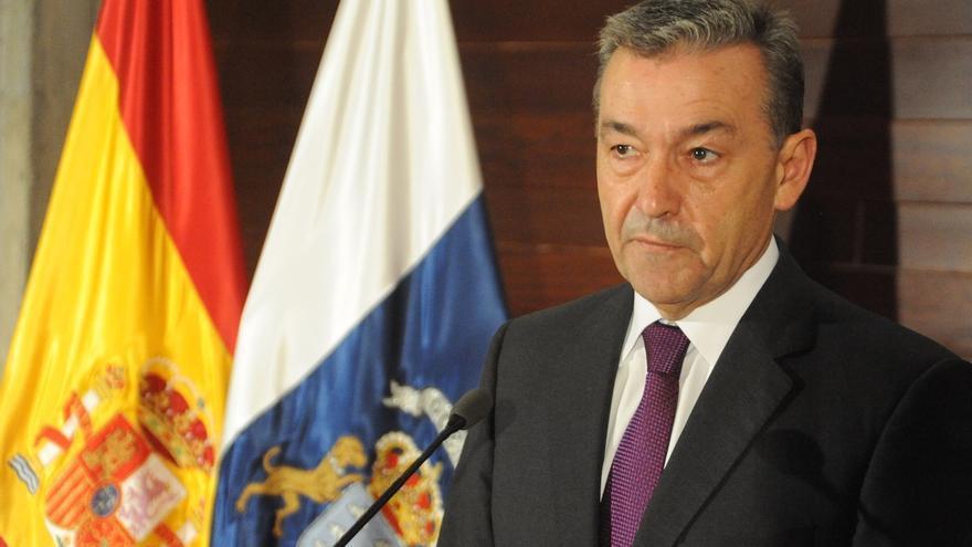 """Rivero afirma que deja un Gobierno """"ejemplar"""" sin causas judiciales ni pleito insular"""