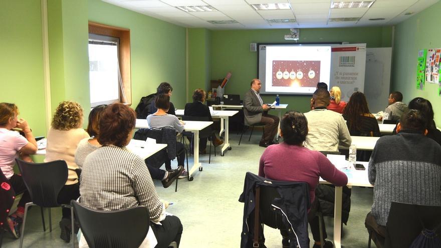 Aedipe Navarra participa en la formación de 75 personas en búsqueda activa de empleo